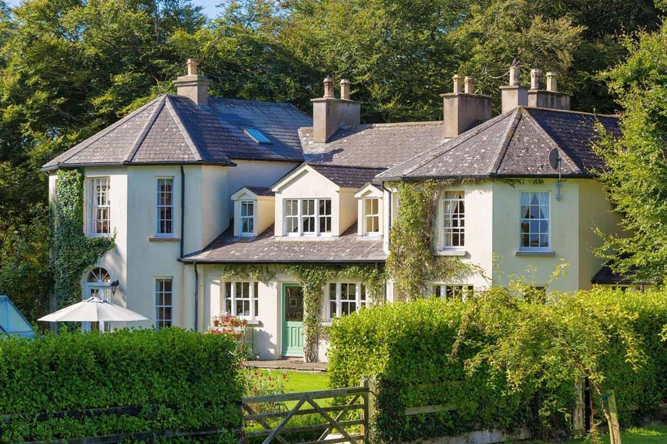 Ballyrane House Estate Large Luxury Holiday Home Ireland